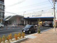 都市計画道路・建石線とJRさくら夙川駅(兵庫県 西宮市)