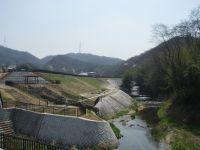 完成した天野川「水辺プラザ」