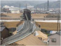 円山橋りょう架替工事の完成(アプローチ部から橋りょう部を望む)